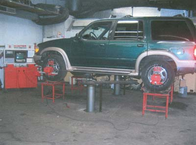 Four Wheel Alignment and Front End Alignment